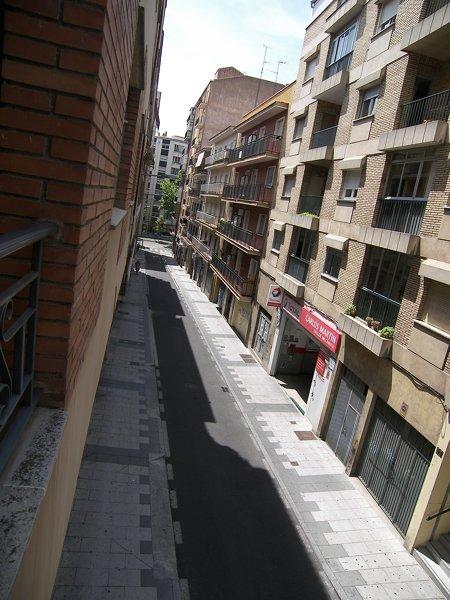 Piso para alquiler en salamanca en calle pedro mendoza for Alquiler piso en salamanca
